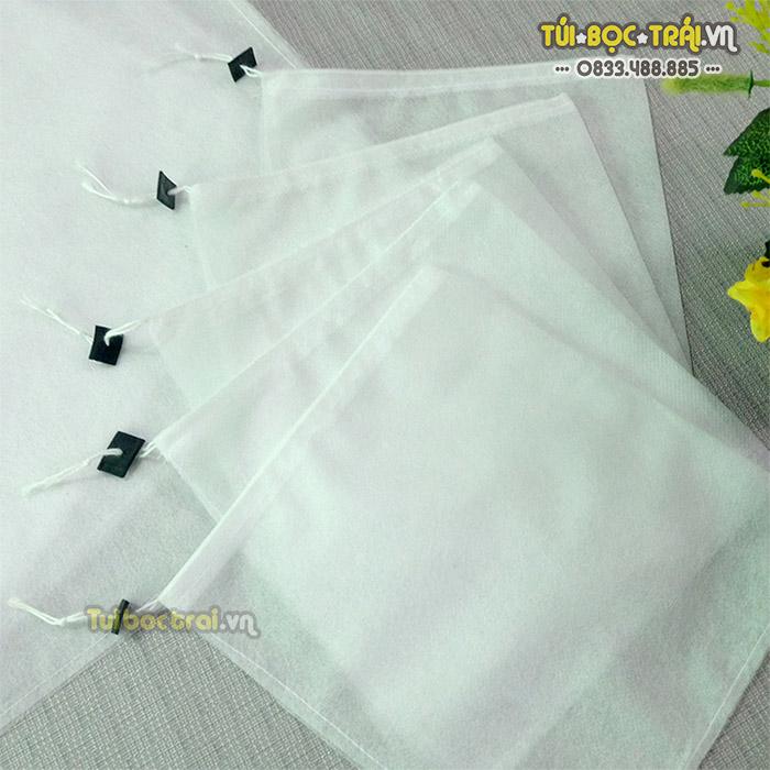 Túi vải bao trái cây 30x35 sử dụng dây rút tiện lợi