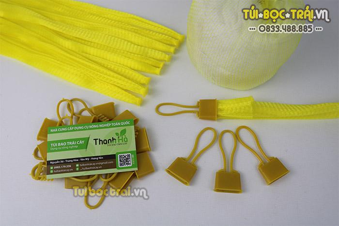 Túi lưới đựng thực phẩm kèm khóa rút màu vàng dài 25 cm