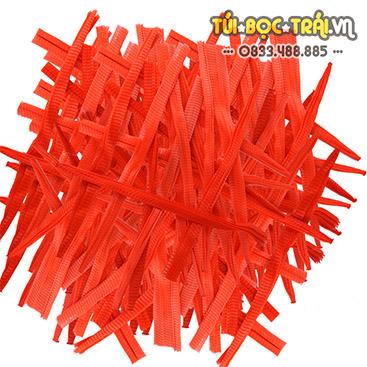 Túi lưới nhựa màu đỏ dài 40 cm (1 kg)
