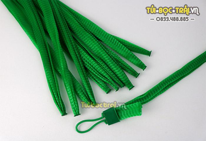 Túi lưới nhựa đựng hoa quả màu xanh dài 35 cm