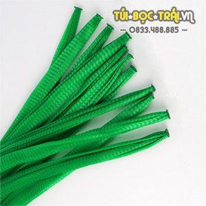 Túi lưới nhựa màu xanh dài 40 cm (1 kg)