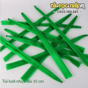 Túi lưới nhựa màu xanh dài 35 cm (1 kg)
