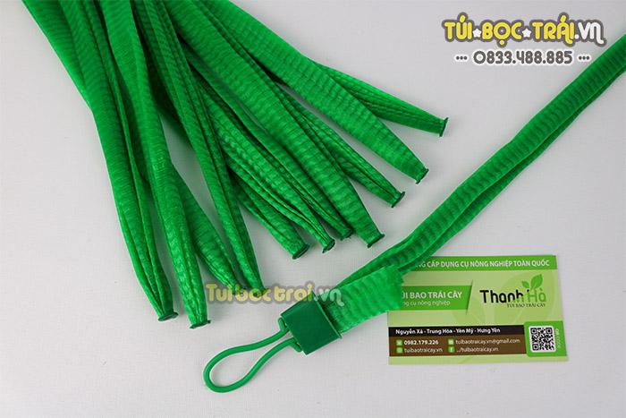 Túi lưới nhựa xanh kích thước dài 40 cm